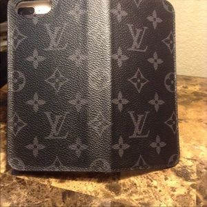 🔥HP🔥EUC AUTHENTIC LOUIS VUITTON 7&8 IPHONE FOLIO